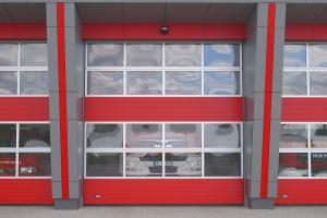 Nahaufnahme des Garagentors der Feuerwehr in Appel
